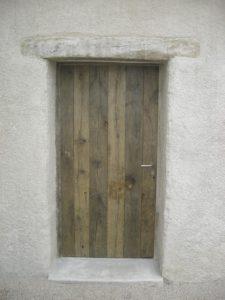 Porte en vieux chêne non raboté bis Image